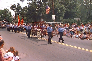 (photo) Framingham Fire Department in 1999 Flag Day Parade