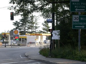 Framingham sewer work at Rt. 30 / Rt. 126 intersection to take longer than expected.