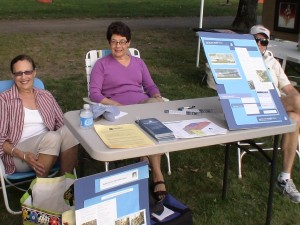 Members of Framingham Public Library Foundation, Inc. promote building a new library in Nobscot